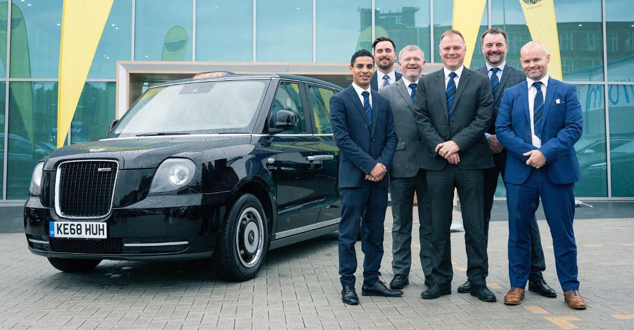 Lookers continues electric taxi retail partnership with second site in Greater Manchester